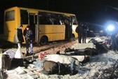 Đông Ukraine: Xe buýt trúng tên lửa Grad, 11 người chết