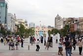 Kinh doanh ế ẩm trên phố đi bộ Nguyễn Huệ