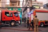 Cháy nhà trong hẻm, 3 trẻ em kịp thoát ra ngoài