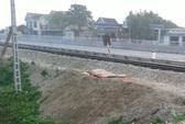 Lên đường sắt đi vệ sinh, người đàn ông bị tàu hỏa tông chết
