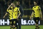 Trắng tay sân nhà, Dortmund chìm sâu ở cuối bảng