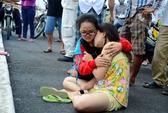 Lom khom hái rau, một phụ nữ bị tàu hỏa tông chết