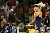 """""""Búp bê Nga"""" Sharapova thua sốc ở Miami Open"""