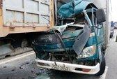 Phụ xe chết, tài xế bị thương sau khi tông xe tải đang dừng