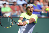 Nadal thua sốc Raonic, Serena bỏ cuộc vì đau gối
