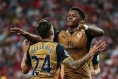 Akpom lập hat-trick, Arsenal nhấn chìm chủ nhà Singapore XI