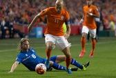 Xem Hà Lan lại thua sốc Iceland, Bale giúp Xứ Wales bay cao