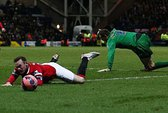 """Rooney ăn vạ, HLV Hodgson bị """"chửi"""" lây"""