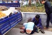 Trung Quốc: Trốn quản lý đô thị, một bé trai thiệt mạng