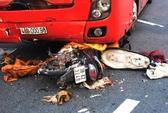 Người đàn ông bị xe giường nằm tông văng 30 m, chết tại chỗ