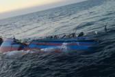 Cứu 9 ngư dân tàu cá bị tàu hàng đâm chìm