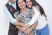 Vợ chồng Phương Vy ngập tràn hạnh phúc bên mẹ