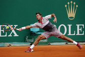 """""""Người thép"""" Wawrinka tan chảy dưới nắng Madrid, """"tiểu Federer"""" chờ gặp Nadal"""