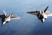 """Tiêm kích siêu khủng F-22 Raptor của Mỹ """"cô đơn"""" ở Syria"""