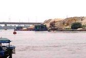 """Truy bắt """"cát tặc"""" trên sông Đáy, một CSGT hi sinh"""