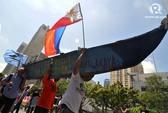 Tàu hải cảnh Trung Quốc đuổi ngư dân Philippines