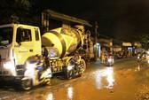 Chết oan mạng trên con đường xuống cấp giữa Sài Gòn
