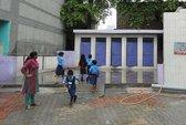 Thủ tướng Ấn Độ khoe thành tích về nhà vệ sinh