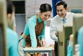 Hoa hậu Ngọc Hân, Hứa Vĩ Văn học làm tiếp viên hàng không