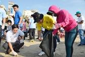 Lãnh đạo TP Vũng Tàu vận động du khách không xả rác
