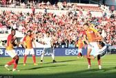 Ibrahimovic ngả bàn đèn, M.U đại thắng Galatasaray