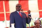 """Tổng thống Zimbabwe quyết giữ ghế tới khi """"trời gọi"""""""