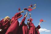 Trường ĐH Luật TP HCM trần tình về khoản thu cho lễ tốt nghiệp