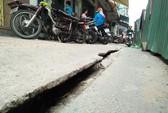 Thi công hệ thống thoát nước gây nứt đường