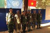 Bộ đội Cụ Hồ với sứ mệnh mũ nồi xanh (*): Bảo vệ Tổ quốc từ xa