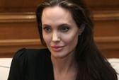 Angelina Jolie vẫn vững vàng sau hôn nhân tan vỡ