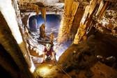 Hàng chục hang động kỳ vĩ vừa được phát hiện tại Quảng Bình