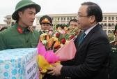 Bí thư Hoàng Trung Hải tiễn thanh niên tòng quân bảo vệ Tổ quốc