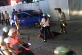 Công nhân rơi từ đường sắt trên cao Cát Linh-Hà Đông xuống đất