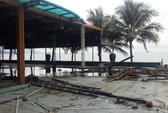 Tháo gỡ nhà hàng trăm tỉ chắn biển Nha Trang