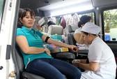 600 người tham gia hiến máu