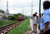 """Đường sắt Bắc – Nam """"tê liệt"""" qua tỉnh Quảng Bình do lũ"""