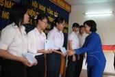 Trao 36 suất học bổng Nguyễn Đức Cảnh