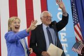 """Ông Sanders: """"Bà Clinton sẽ là tổng thống"""""""