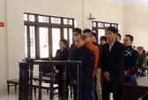 """Tòa xử Minh """"sâm"""": Bị hại vắng mặt không rõ lý do, luật sư cảm lạnh"""
