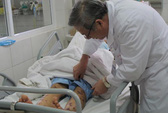 Vụ tử vong do viêm não mô cầu: Giám sát 50 người thân quen