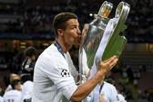 CR7 dành hết tiền thưởng Champions League làm từ thiện