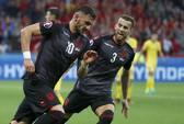 Hạ Romania, Albania giành chiến thắng lịch sử
