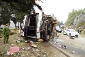 Lật xe khách từ Sa Pa về, 5 người thương vong