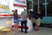 Cấm bán dạo vé số Vietlott là không tưởng!