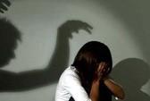 Khởi tố vụ nữ sinh lớp 9 bị người tình của mẹ xâm hại nhiều lần
