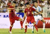 U20 Việt Nam: Tiền vệ lùn, hàng thủ cao