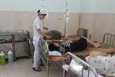 26 khách du lịch ở Cát Bà nhập viện, nghi bị ngộ độc hải sản