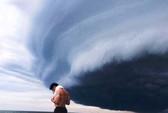 Tranh cãi về đám mây đen kịt hình thù kỳ lạ trên biển Sầm Sơn