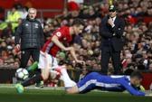 Mourinho cao tay hạ Chelsea, làm nóng cuộc đua vô địch Anh