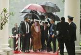 """Tổng thống Indonesia và nỗi ấm ức """"che dù cho vua Ả Rập Saudi"""""""